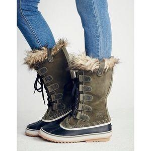 SOREL Joan of Arctic Boots Nori Green Weatherproof